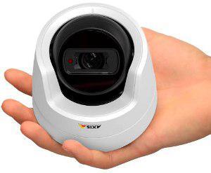 Недорогие мини купольные камеры Axis M3104-L/M3104-LVE для круглосуточного охранного наблюдения